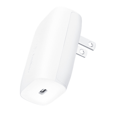 Belkin BOOST↑CHARGE 30 W usb c laddare + usb c kabel med Lightning kontakt