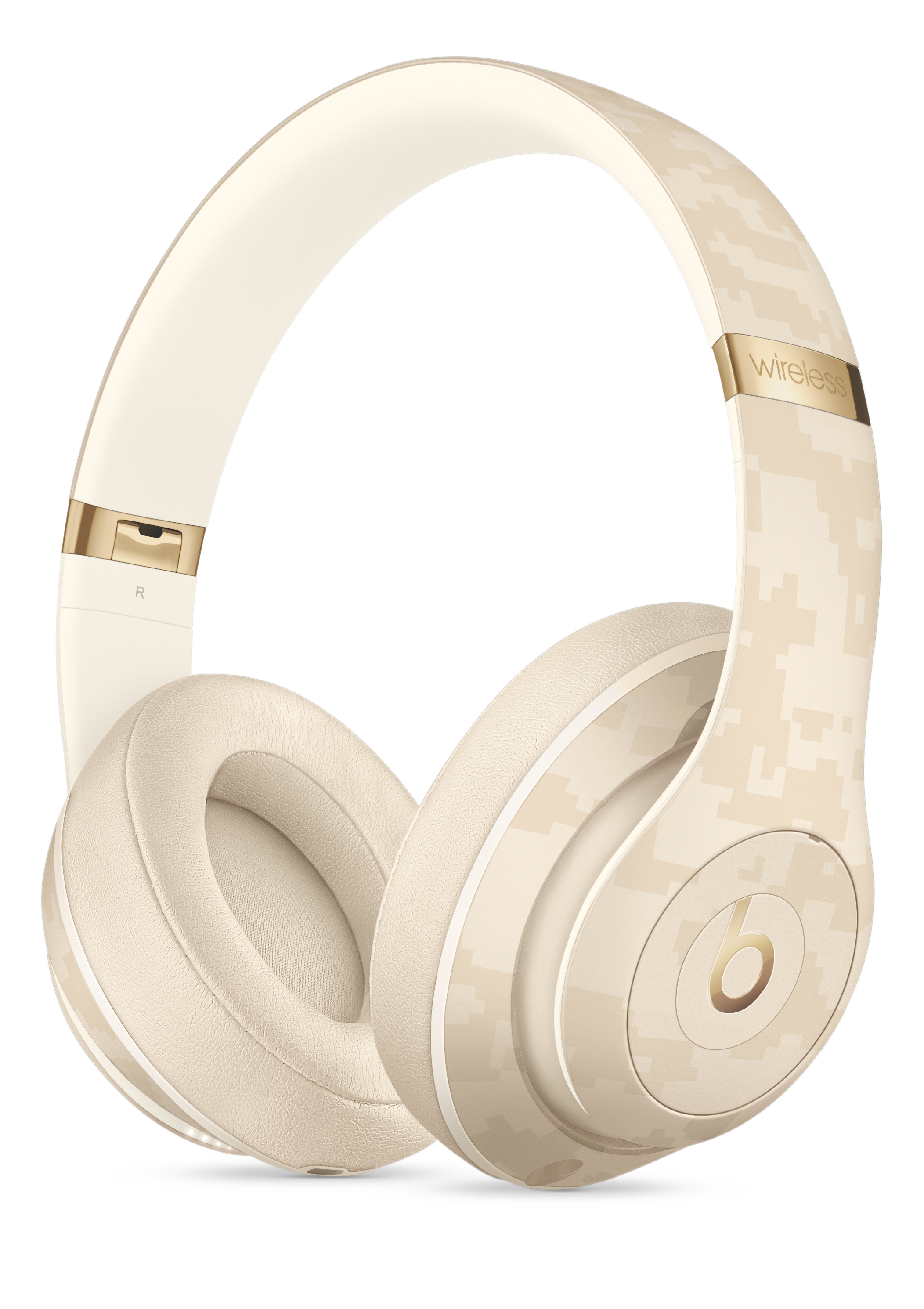 Beats Studio3 Wireless Headphones Beats Camo Collection Sand Dune Apple
